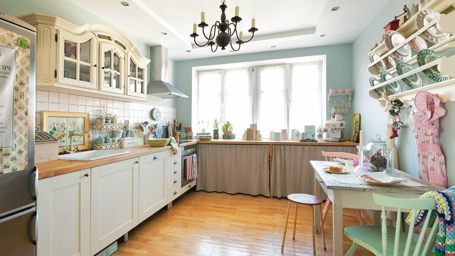 Окна для кухни в стиле прованс