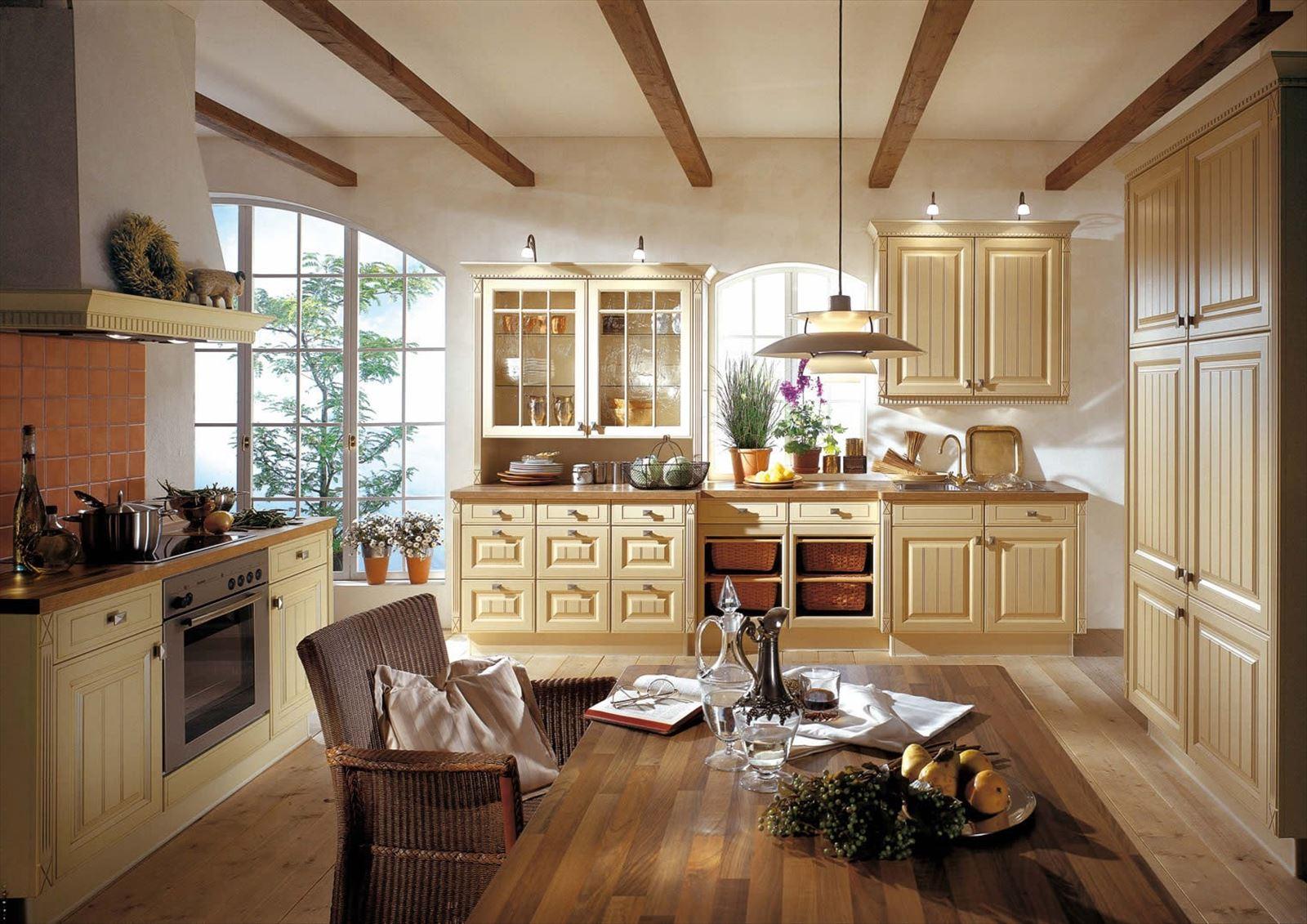 Кухня в стиле прованс в бледно-желтом цвете