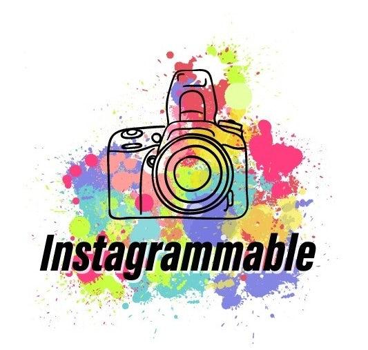 "дизайн логотипа для Instagrammable ""width ="" 533 ""height ="" 507"