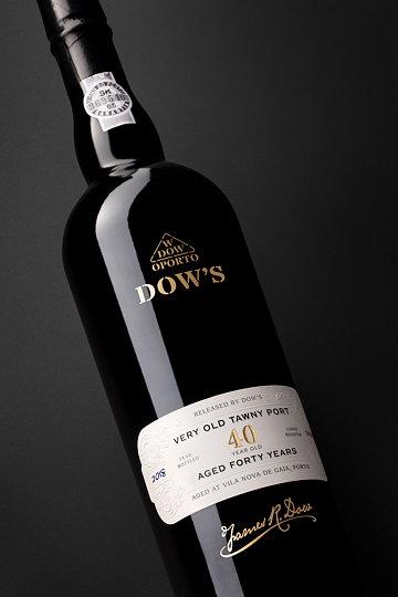 Dows Aged Tawny Ports 02