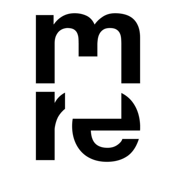 Как логотип присуждает mre &quot;width =&quot; 600 &quot;height =&quot; 600 &quot;/&gt; </p> <p> Три мысли руководили нашим созданием идентичности для этого музея с его акцентом на абстрактное искусство: </p> <p> (1) Поскольку абстракция &#8212; это процесс пропуска частей или элементов, мы вырезали часть буквенных форм в аббревиатуре. </p> <p> (2) Здание музея, спроектированное известным японским архитектором Фумихико Маки, основано на особой концепции: если смотреть сверху, план здания показывает, что большой квадратный атриум вырезан из корпуса здания. </p> <p> (3) Квадратное открытое пространство символизирует картины или произведения искусства, которые будут выставлены в музее. Это также передает ощущение ментальной открытости, которую мы практикуем, созерцая абстрактное искусство. </p> <p> Буквенные формы расположены в значимой иерархии: под укрытием M (для музея) буквы R и E (для Рейнхарда Эрнста, дарителя музея) стоят рядом друг с другом, создавая компактное тело. Несмотря на вырезанную абстракцию, буквы по-прежнему разборчивы. Разум зрителя добавляет недостающие части. </p> <p> Для этой аббревиатуры мы использовали строчные буквы от Helvetica, вероятно, самой объективной гарнитуры в мире. Шрифт, созданный в 1956 году, вездесущ во всем мире и охватывает время искусства, выставленного в музее (картины, фотографии и скульптуры с 1950-х годов по настоящее время). </p> <h2><span id=