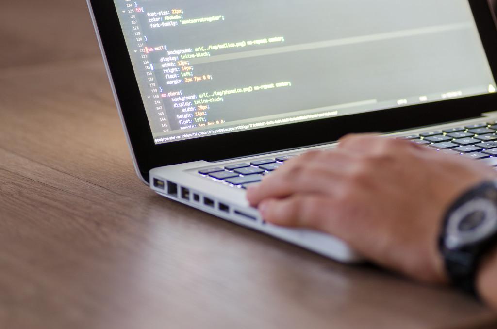 code-coding-computer-574077