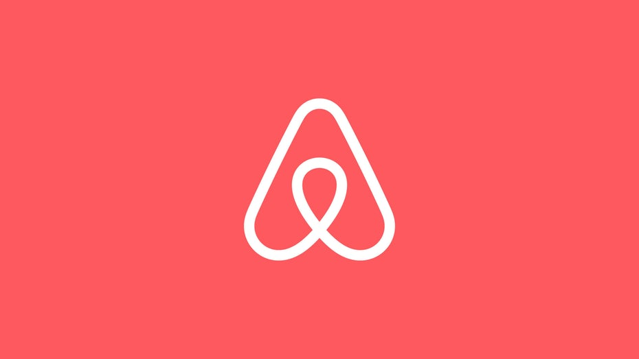 """airbnb logo """"width ="""" 2560 """"height ="""" 1440 """"/>    <figcaption> через Airbnb </figcaption></figure> <p> <span style="""