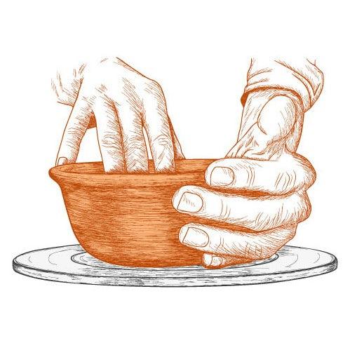 """Эскизная иллюстрация изготовления глиняной посуды """"width ="""" 499 """"height ="""" 499 """"/>    <figcaption> Брендинг — это действия, которые вы предпринимаете для формирования своего бренда. Иллюстрация by petiteplume. </figcaption></figure> <p> Брендинг существует примерно с 350 г. н.э. и происходит от слова «Brandr», что означает «сжигать» на древнем норвежском языке. К 1500-м годам оно стало означать знак, по которому скотоводы сжигали скот, чтобы обозначать право собственности — предшественник современного логотипа. </p> <div class='code-block code-block-3 ai-viewport-1 ai-viewport-2' style='margin: 8px 0; clear: both;'> <!-- Yandex.RTB R-A-268541-2 --> <div id="""
