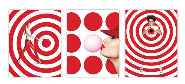 """poster-design-tips7_TargetBranding2015 """"width ="""" 628 """"height ="""" 286 """"/> При создании плаката для кампании бренда рассмотрите логотип бренда и узнайте, что можно использовать в качестве строительных блоков в своем дизайне. элементы логотипа сделают ваш плакат доступным, и клиент не будет просить вас увеличить его размер. В вышеупомянутых плакатах для Target я создал шаблоны с точкой и кольцом логотипа Target и интегрировал разнообразную целевую аудиторию в этот фирменный стиль. мир. Эти плакаты четко обозначены как Target и читают Target с первого взгляда, фактически не показывая логотип Target. </p> <h2 class="""
