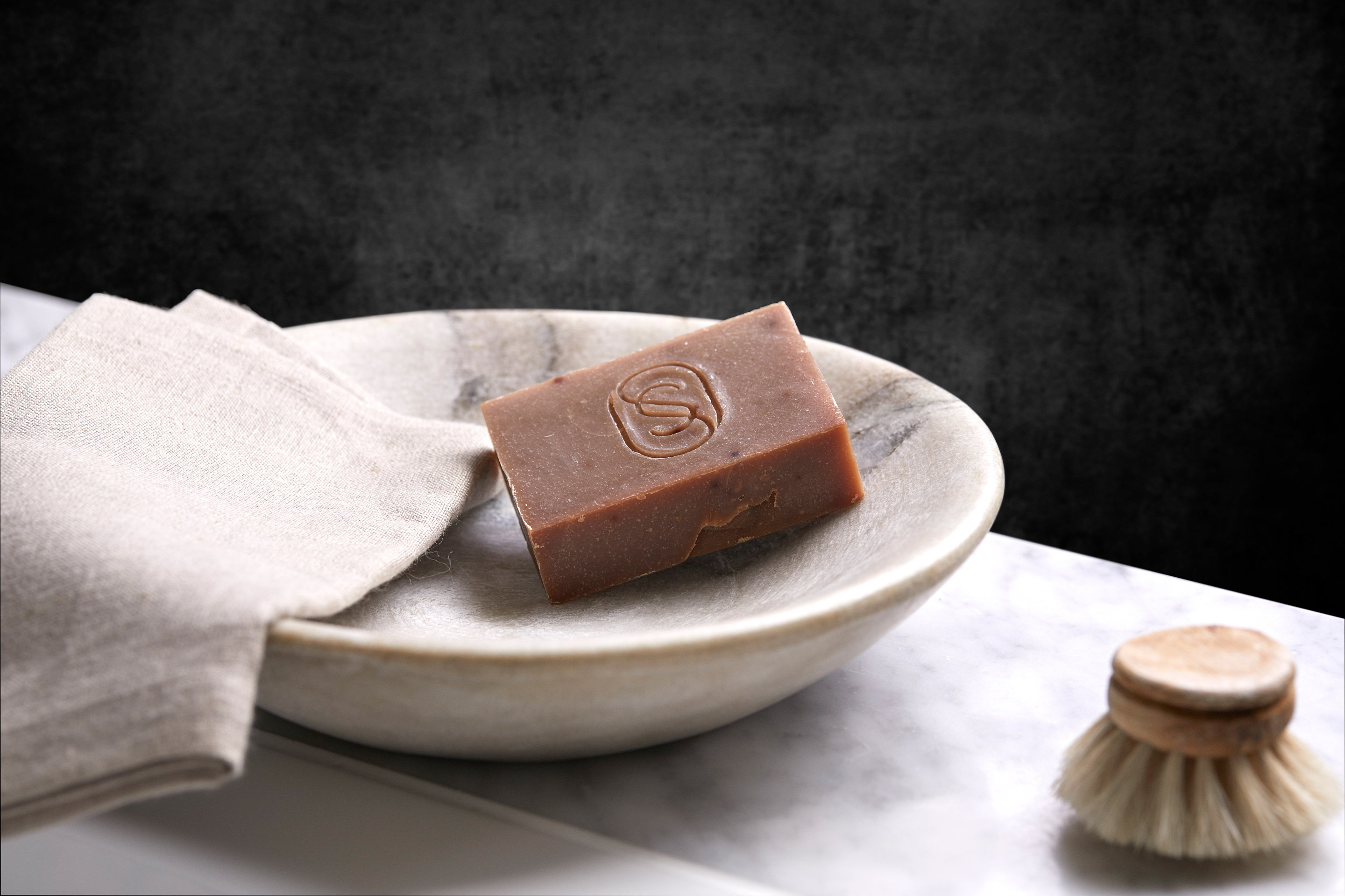 """Soapsmith """"class ="""" aimg lazyload """"/> </source> </picture> </figure> <p id="""