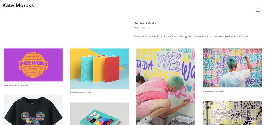 """сайты графических дизайнеров: портфолио Kate Moross """"width ="""" 1404 """"height ="""" 665 """"/>    <figcaption> Веселый и красочный сайт портфолио от Kate Moross </figcaption></figure> <p> Очень популярный, Лондонский графический дизайнер Кейт Моросс известна своим игривым отрисованным от руки шрифтом и красочными дизайнами, используемыми на брендовых гигантах Cadbury's, Nike и даже Spice Girls. Такая яркая и яркая работа не требует громкого фона портфолио, но использует забавную желтую навигационную панель инструментов, которая соответствует их стилю дизайна и включает в себя фотографии себя в действии, дизайне и рисовании, что дает вам больше ощущения их индивидуальности. </p> <h3><span id="""
