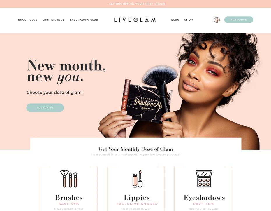 """Пример веб-дизайна красивой современной косметики """"width ="""" 1915 """"height ="""" 1488 """"/>    <figcaption> Веб-дизайн бренда косметики Сандры Эфтими </figcaption></figure> <h2> все вместе с руководством по фирменному стилю <br /> — </h2> <p> Косметические бренды — это стиль, и если вы хотите, чтобы ваш брендинг чувствовал себя единообразно, вам нужно связать все это вместе с руководством по стилю бренда. </p> <p> Ваше руководство по стилю бренда представляет собой централизованный документ, в котором хранится вся ключевая информация о брендинге вашей косметики, от цветовой палитры вашего бренда до различных дизайнов упаковки, а также достоинств и недостатков вашего голоса бренда в социальных сетях. </p> <p> Вы можете сделать руководство по стилю бренда настолько подробным, насколько захотите (чем больше деталей, тем лучше!), Но, как минимум, вы должны запланировать включить: </p> <p> Наличие руководства по фирменному стилю крайне важно, потому что не только очень удобно хранить всю эту ключевую информацию в одном месте, но и помогает поддерживать согласованность для вашей косметической марки. Руководство по стилю помогает собрать всех членов вашей команды на одной странице, что гарантирует соответствие всего, что производится для вашего бренда, будь то электронное письмо, адресованное ключевому фактору, или дизайн упаковки для новой линейки помад. ваша большая стратегия брендинга косметики. </p> <h2> Ключ к успешному брендингу косметики? Последовательность и гибкость <br /> — </h2> <figure data-id="""