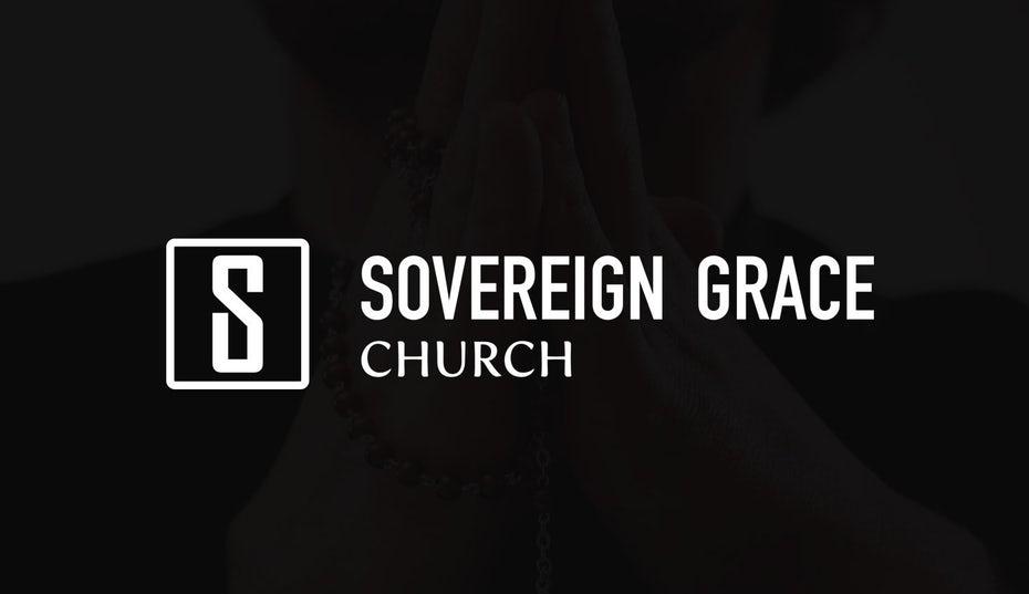 """белый логотип с надписью на черном фоне с крестом в отрицательном пространстве, окружающем S """"width ="""" 1473 """"height ="""" 851"""
