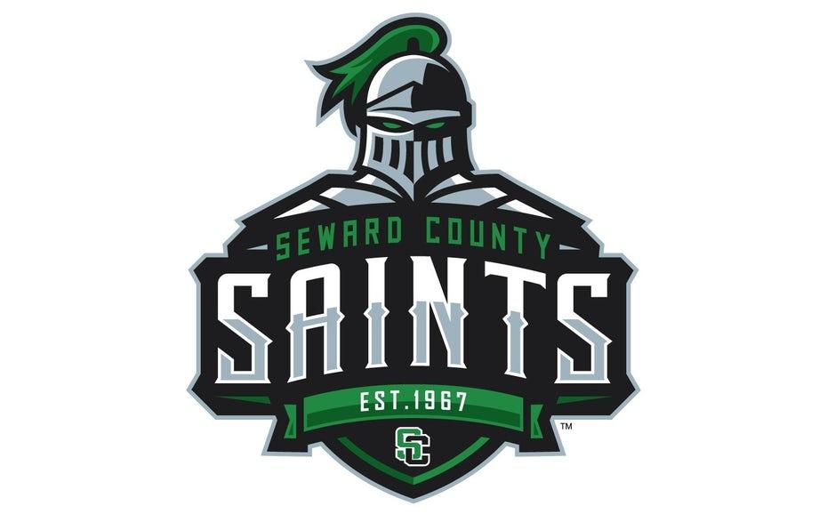 "спортивный логотип для Seward County Saints ""width ="" 1500 ""height ="" 933"