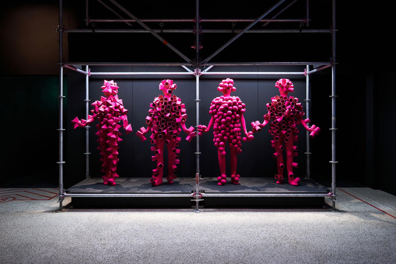 Как история электронной музыки была ремикширована для Музея ...