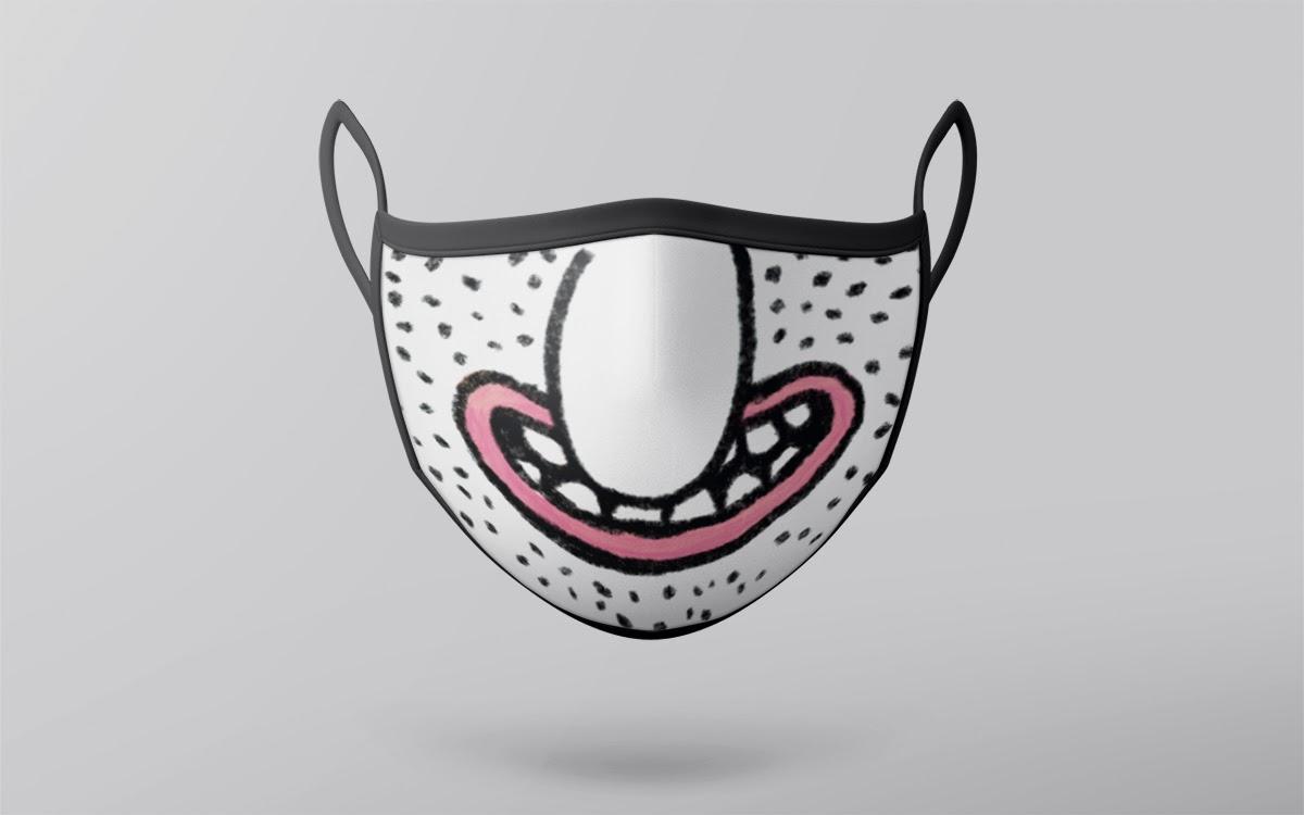"""Дизайн маски мультяшной улыбки с большим носом """"width ="""" 1200 """"height ="""" 750 """"/>    <figcaption> Дизайн маски Ксеньки </figcaption></figure> <p> Этот дизайн маски доказывает, что даже медицинские маски вызванные пандемией, способны сделать наш день светлее. Но улыбка на лицах — не единственная история, скрывающаяся за этой маской. </p> <blockquote class="""