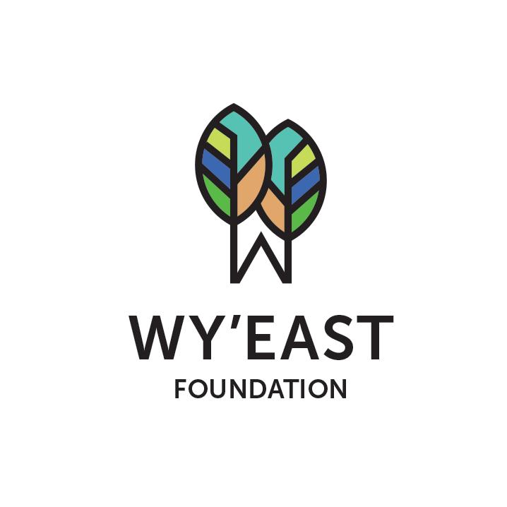 Логотип экологического фонда с листьями