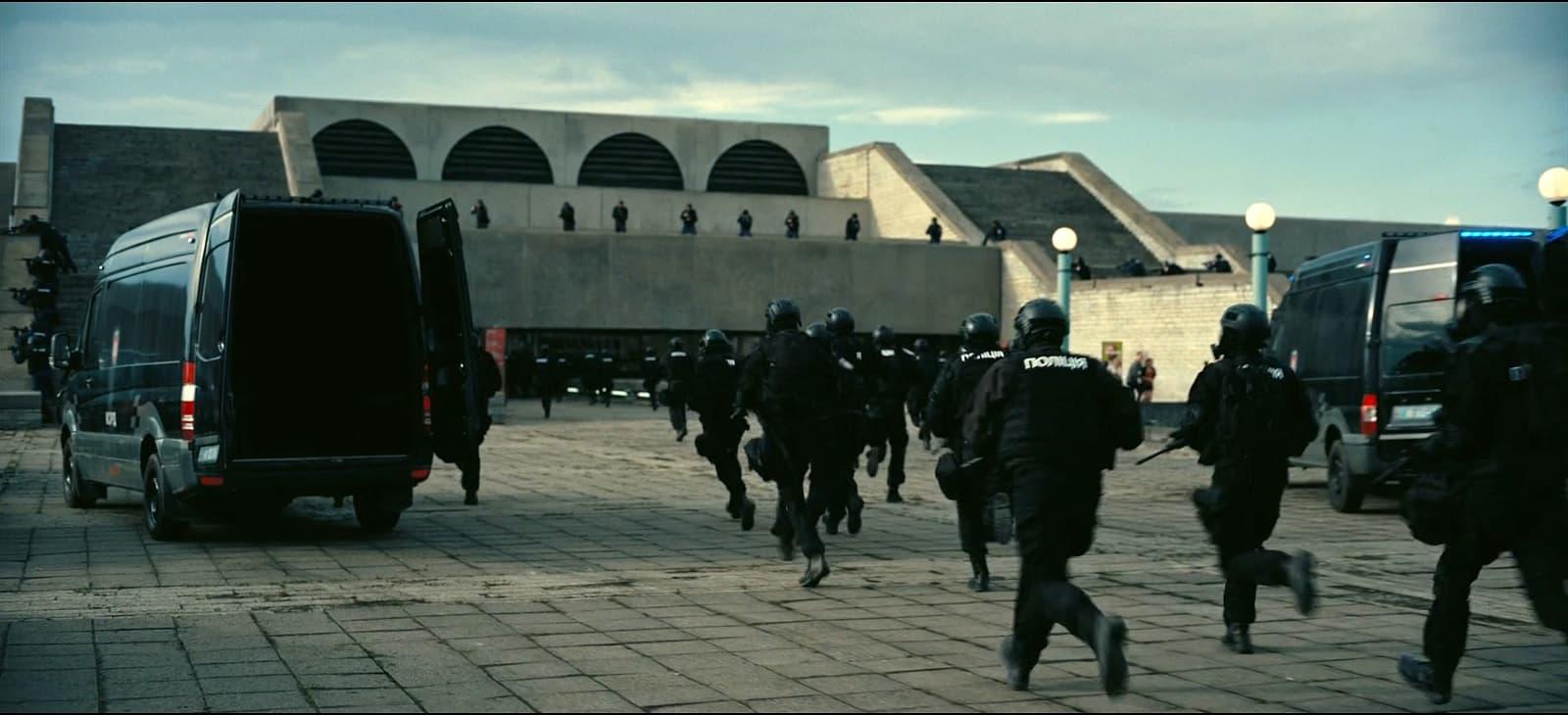 «Довод» режиссер Кристофер Нолан