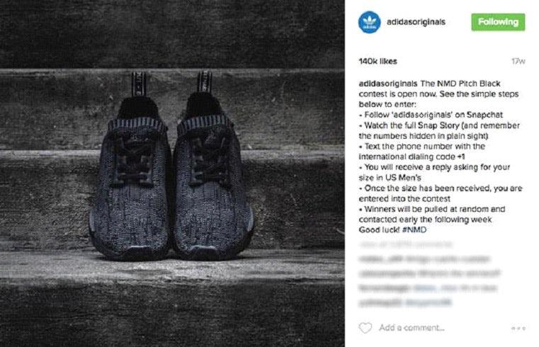"""Скриншот из Instagram с кроссовками Adidas NMD Pitch Black и инструкциями по розыгрышу """"width ="""" 761 """"height ="""" 490 """"/>    <figcaption> Via Adidas </figcaption></figure> <p> Из более чем 16 миллионов Подписчики Instagram, 100 выиграли пару кроссовок — из общего числа произведенных 500. Создав этот розыгрыш, Adidas сделал больше, чем просто продвигал новый выпуск и создавал ажиотаж, — они привлекли тонну трафика на свой аккаунт Snapchat. </p> <p> Планируя свою вирусную маркетинговую кампанию, подумайте, на каких платформах работают ваши подписчики и где ваше сообщение, скорее всего, будет распространено. Для очень визуальной кампании Instagram — простой выбор. Но для чего-то, где видео лучше всего захватывает вашу кампанию, например Ice Bucket Challenge, вам лучше всего использовать платформу, предназначенную для видео, такую как Youtube или TikTok (и да, мы знаем, что вы можете публиковать видео в Instagram … но есть разница между фото платформа, на которой вы можете публиковать видео и платформы <em>разработанные и оптимизированные </em> для публикации видео.) </p> <p> Одна из ключевых стратегий успеха вирусного маркетинга — это партнерство с влиятельными лицами, которым ваша аудитория уделяет наибольшее внимание. Если они следят за определенными ютуберами, работайте с ними, чтобы зажечь огонь, который в идеале вызовет бурю вашей кампании. <br /> <a name="""