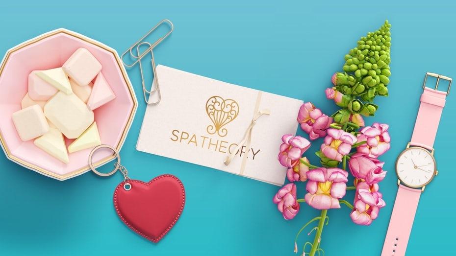 """спа-визитка с цветами, сладостями и согласованными часами """"width ="""" 1457 """"height ="""" 819"""