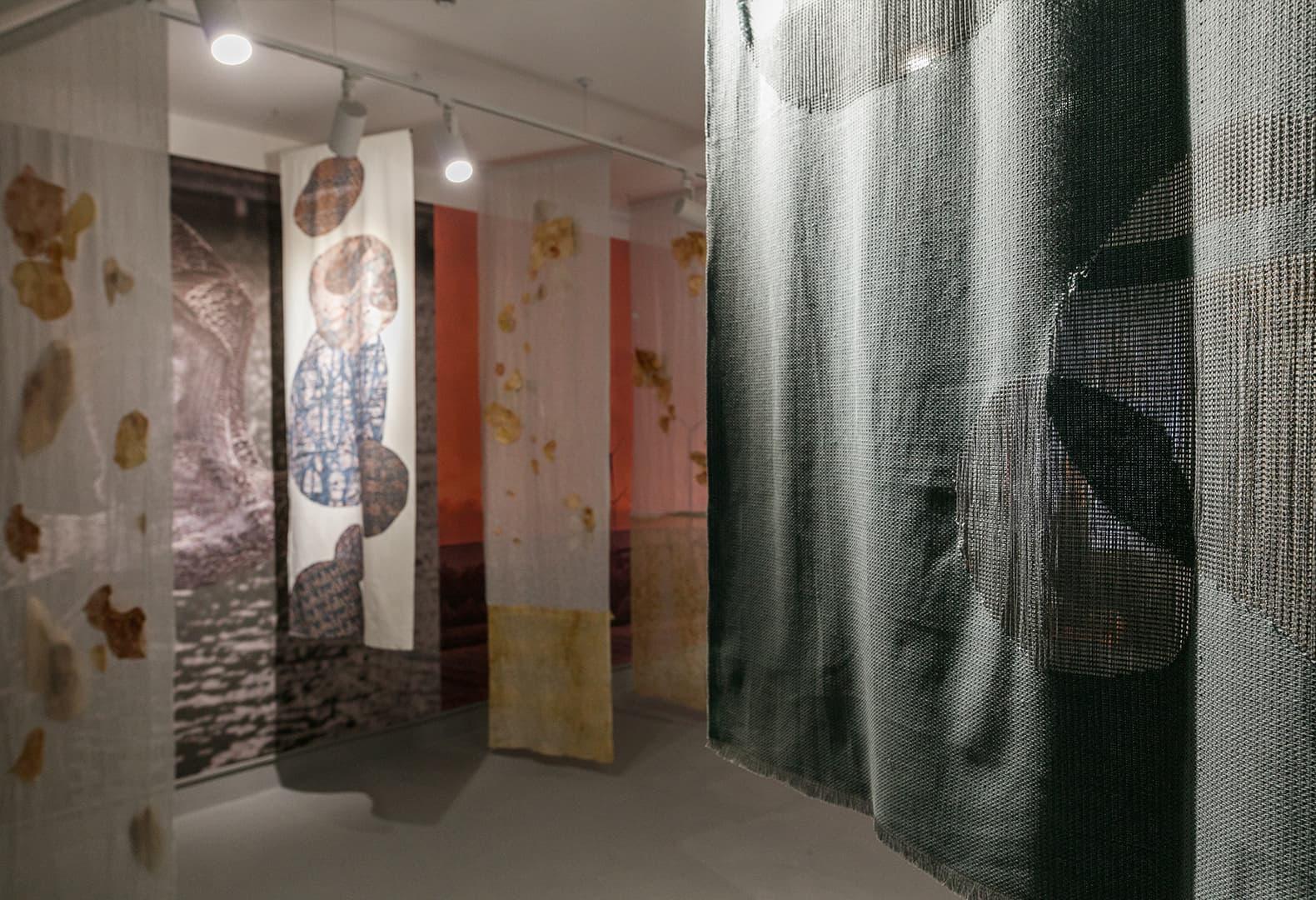 Текстильная инсталляция «Внутренняя миграция». Александра Фалиштынская