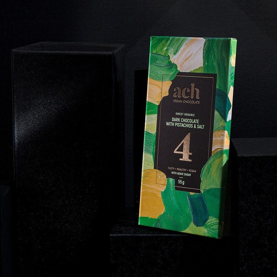 """Живописный дизайн упаковки веганского шоколада с помощью каждого шоколада ширина = """"1000"""" высота = """"1000"""