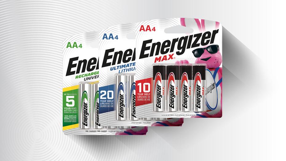 """три пакета батарей Energizer с зелеными, синими и красными элементами """"width ="""" 1920 """"height ="""" 1080"""